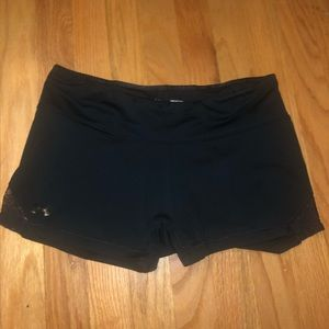 UNDER ARMOUR Spandex with Lace Detail